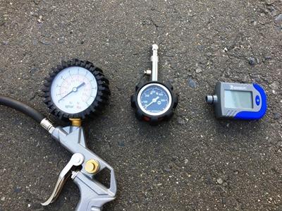 tire gauge (3)