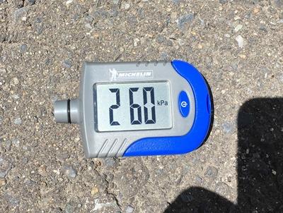 tire gauge (4)